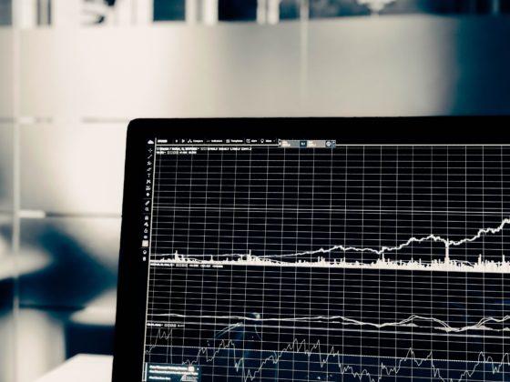 Les stablecoins pourraient être un levier contribuant à l'adoption des applications décentralisées (Dapps) s'appuyant sur la technologie blockchain. Et si les stablecoins étaient les cryptomonnaies que tout le monde attendait ?