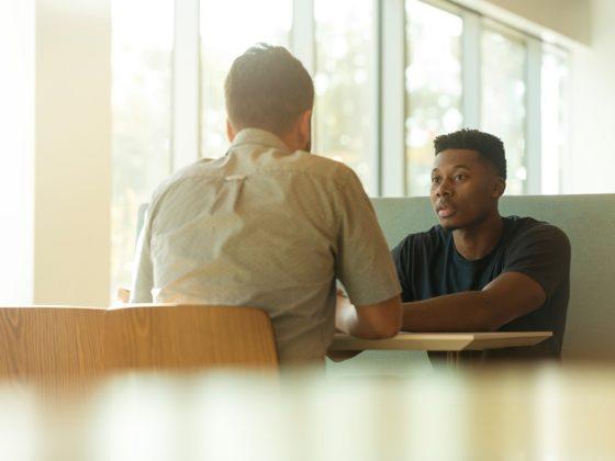 Dans le cadre d'un Tech Away de Bpifrance Le Hub, des experts RH sont venus animer un atelier pour aider DRH et dirigeants de startups à bien établir leur roadmap RH. Car plus encore que dans une entreprise établie, le recrutement des bons talents au bon moment est un facteur clé de succès d'une startup !